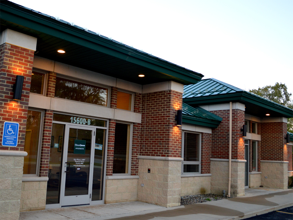 Davison Building Entry